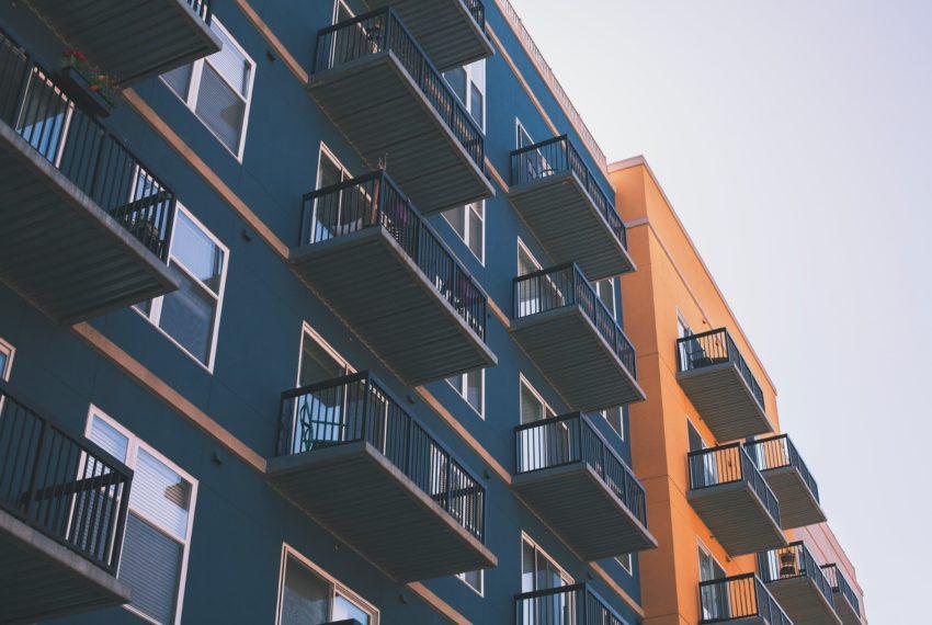 Immobilienerwerb: Lieber ein Haus oder Eigentumswohnung kaufen?